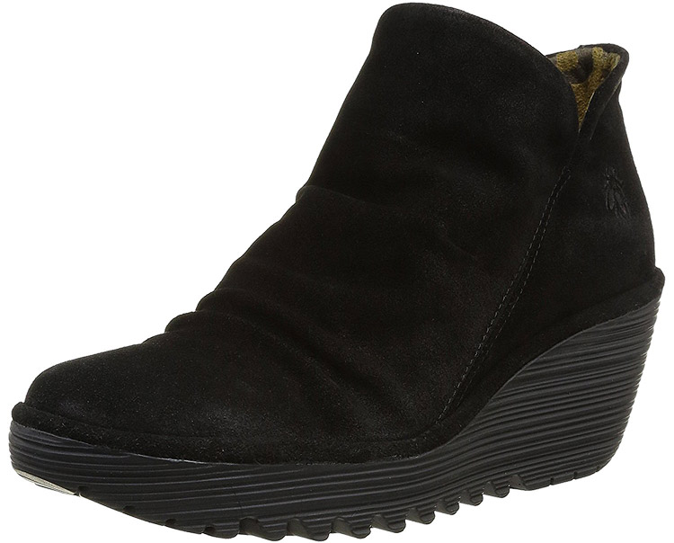 Yip Black Suede
